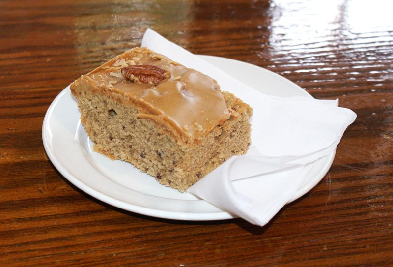 Coffee & Pecan cake